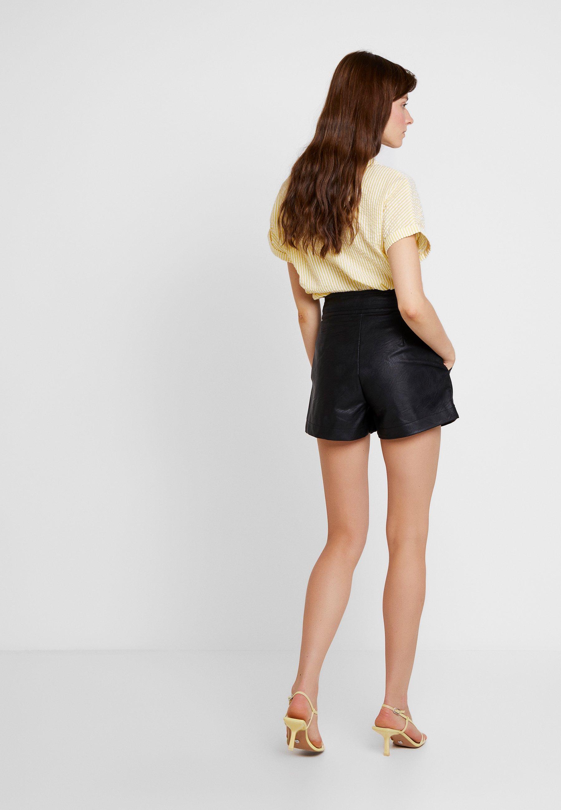 Topshop TOPSTICH POPPER SHORT - Pantalon classique black