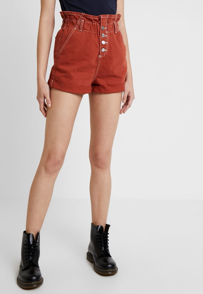 Topshop - PAPERBAG - Jeans Shorts - rust