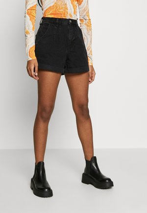 NEW ROLL HEM - Shorts vaqueros - black denim