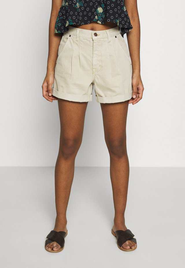 BALLOON - Shorts di jeans - sand
