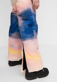 Topshop - SNO PRINTED AIO - Tuta jumpsuit - pink/yellow - 5