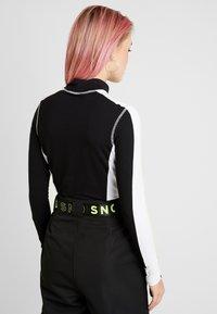Topshop - SNO THERMAL BODY  - Maglietta a manica lunga - black - 2