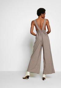 Topshop - MINI CHECK JINGLE - Tuta jumpsuit - brown - 2