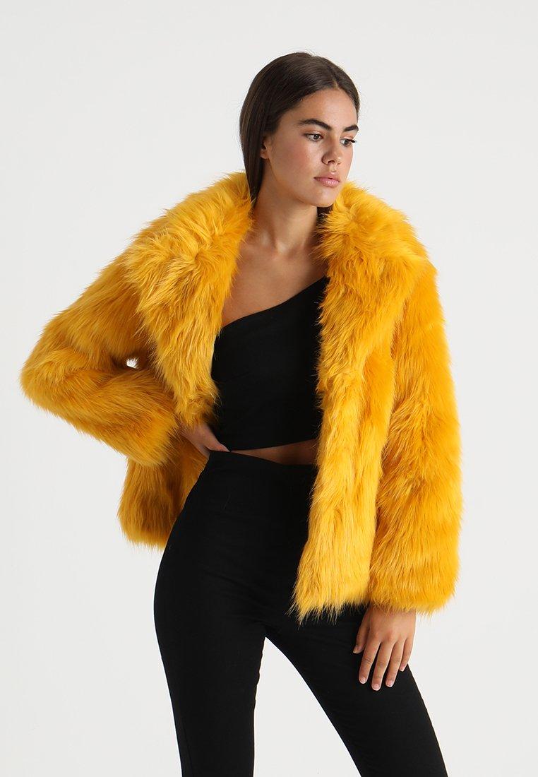 Topshop - CAMILLE LUX COAT - Chaqueta de invierno - mustard