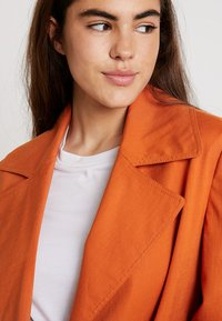 Topshop - HANNAH - Trench - rust - 3