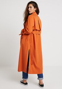 Topshop - HANNAH - Trench - rust - 2