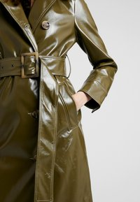 Topshop - CONTRAST STITCH - Trench - olive - 5