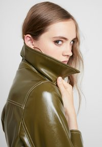 Topshop - CONTRAST STITCH - Trench - olive - 3