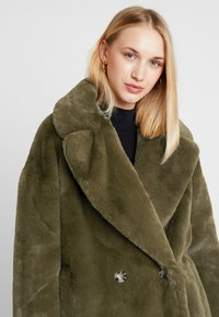 Topshop - ALLY - Zimní kabát - khaki - 3