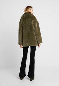 Topshop - ALLY - Zimní kabát - khaki - 2