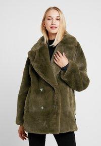 Topshop - ALLY - Zimní kabát - khaki - 0