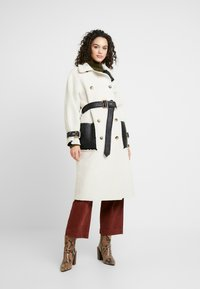 Topshop - ROXY REVERSIBLE TRENCH - Prochowiec - cream - 0
