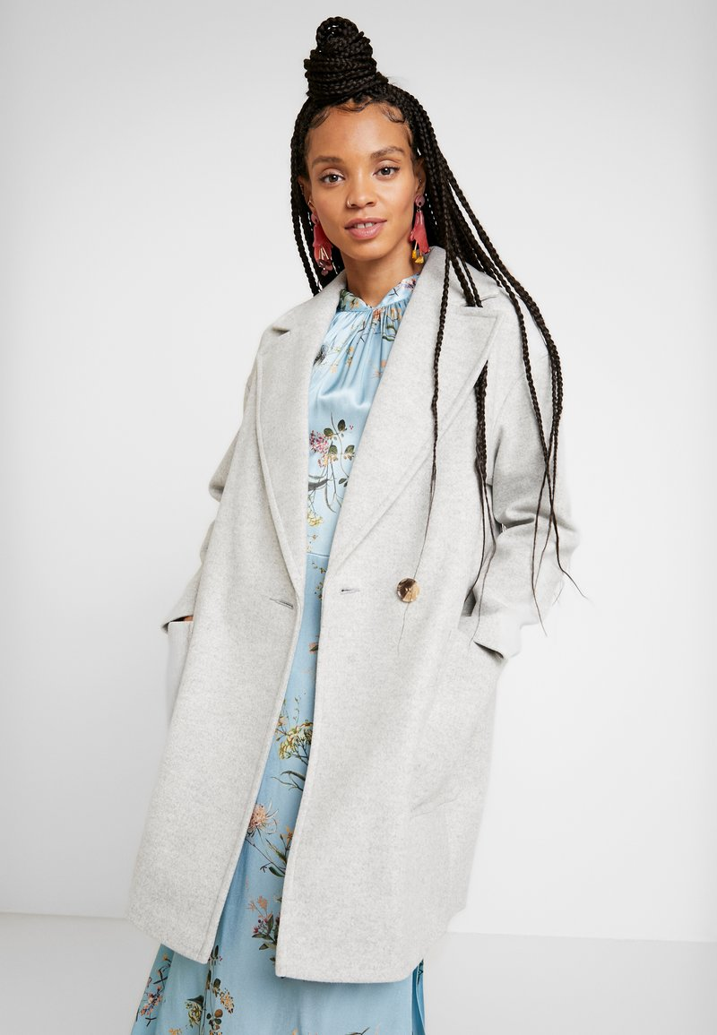 Topshop - CARLY CHUCK ON - Classic coat - pale grey
