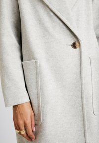Topshop - CARLY CHUCK ON - Classic coat - pale grey - 5