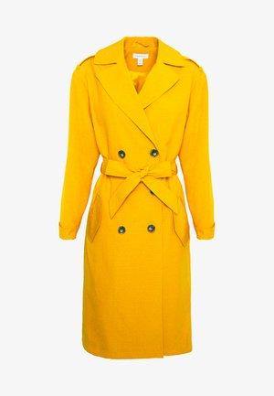 SOPHIA - Trenchcoat - mustard