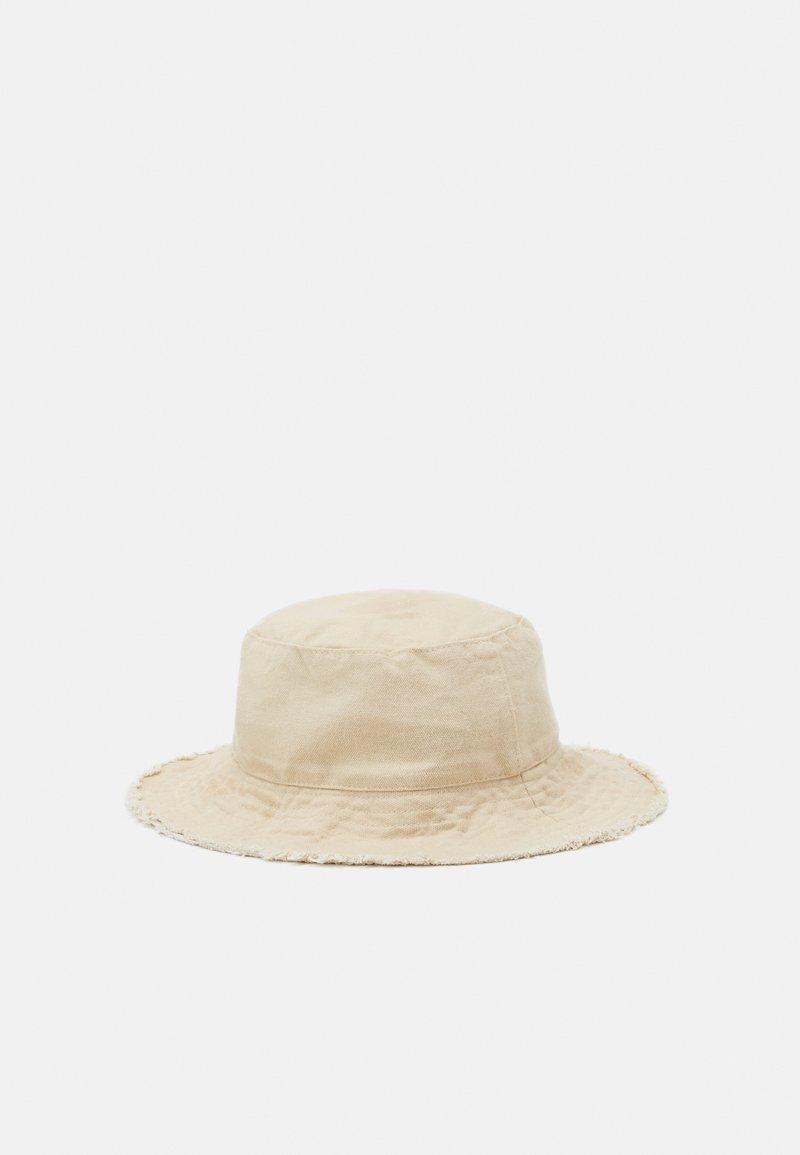 Topshop - FRAYED EDGE BUCKET - Sombrero - sand