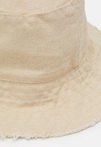 Topshop - FRAYED EDGE BUCKET - Sombrero - sand - 3
