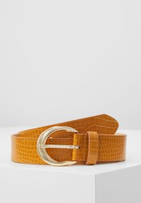 Topshop - TWISTED BUCKLE - Cintura - mustard - 0