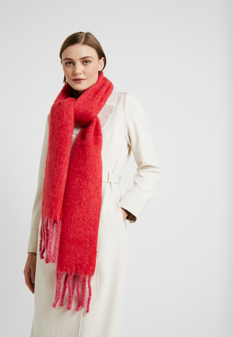 Topshop - TONE HEAVY SCARF - Scarf - red