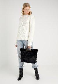 Topshop - FREDI TOTE - Shopping Bag - black - 1