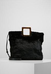Topshop - FREDI TOTE - Shopping Bag - black - 0