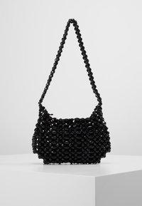 Topshop - BEY CHUNKY BEAD - Handtasche - black - 0