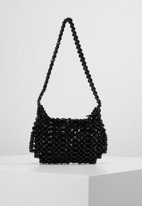 Topshop - BEY CHUNKY BEAD - Handtasche - black - 2