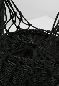 Topshop - SIREN STRING TOTE - Sac à main - black - 6
