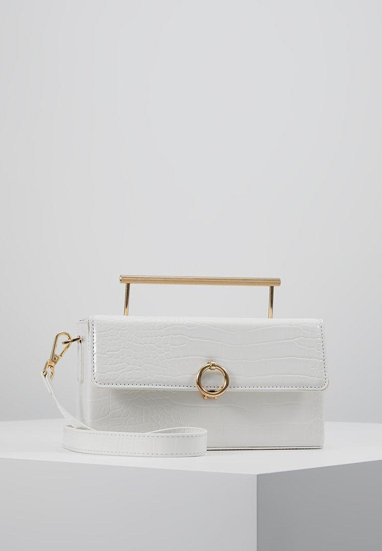 Topshop - CORO BOXY GRAB - Bolso de mano - white