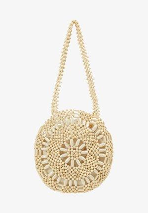 SARDINA BEAD TOTE - Håndtasker - natural