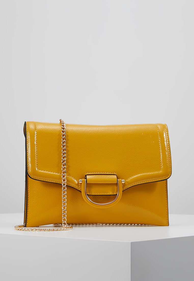 Topshop - CARLY CRINKLE - Clutches - yellow