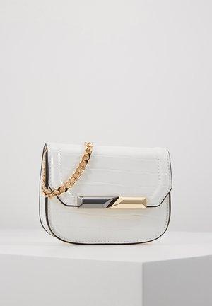 CLEAN MIX MICRO MINI - Taška spříčným popruhem - off white