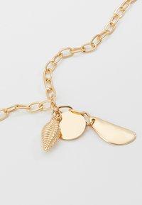 Topshop - SHELL CLUSTER LARIAT - Náhrdelník - gold-coloured - 4