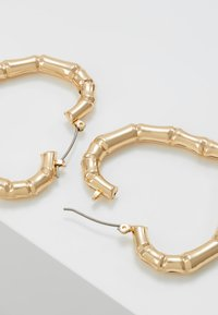 Topshop - BAMBOO HEART HOOP - Orecchini - gold-coloured - 2