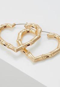 Topshop - BAMBOO HEART HOOP - Orecchini - gold-coloured - 4