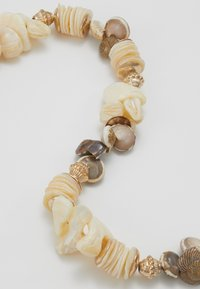 Topshop - CLUSTER CHOKER - Necklace - cream - 4