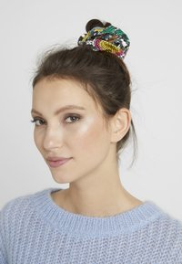 Topshop - SNAKE SCRUNCHIE 3 PACK - Hair styling accessory - multicolor - 1