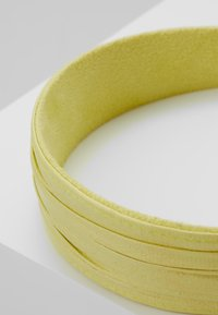 Topshop - PLEATED ALICE BAND - Haaraccessoire - yellow - 4