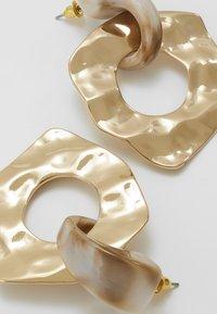Topshop - HAMMERED CIRCLE DROPS - Orecchini - gold-coloured - 5