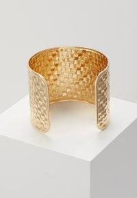 Topshop - WIN WIDE WOVEN  - Bracelet - gold-coloured - 2