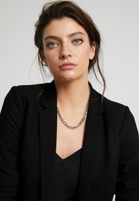Topshop - CHAIN BAR - Necklace - silver-coloured - 1