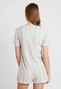 Topshop - STRIPE BUTTON - Complementos de playa - cream