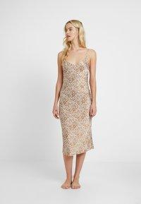 Topshop - BAMBI SLIP DRESS - Nightie - white/light brown - 1