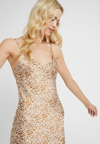 Topshop - BAMBI SLIP DRESS - Nightie - white/light brown - 3