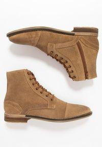 Topman - SARGE BOOT - Botines con cordones - tan - 1