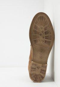 Topman - SARGE BOOT - Botines con cordones - tan - 4