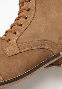 Topman - SARGE BOOT - Botines con cordones - tan - 5