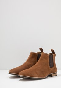 Topman - SUMMER CHELSEA - Classic ankle boots - tan - 2