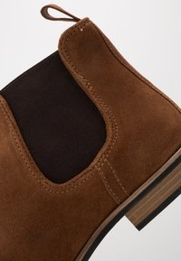 Topman - SUMMER CHELSEA - Classic ankle boots - tan - 5