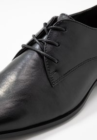 Topman - BROCK DERBY - Stringate eleganti - black - 5